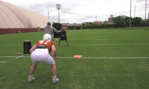 TE Insert Zone Drill from Playside Position- University of Texas