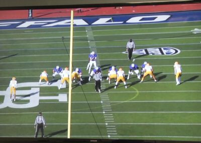 Playside Tackle Tech in Wide Zone (narrated)- University of Buffalo