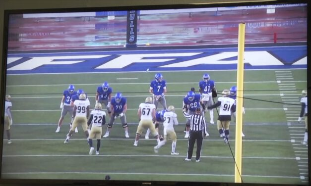 Backside Tackle Technique in Wide Zone (narrated)- University of Buffalo