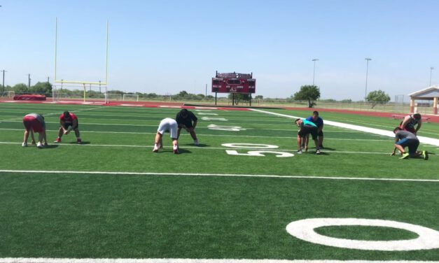DL One on One Pass Rush Drill- Rio Grande City HS (TX)